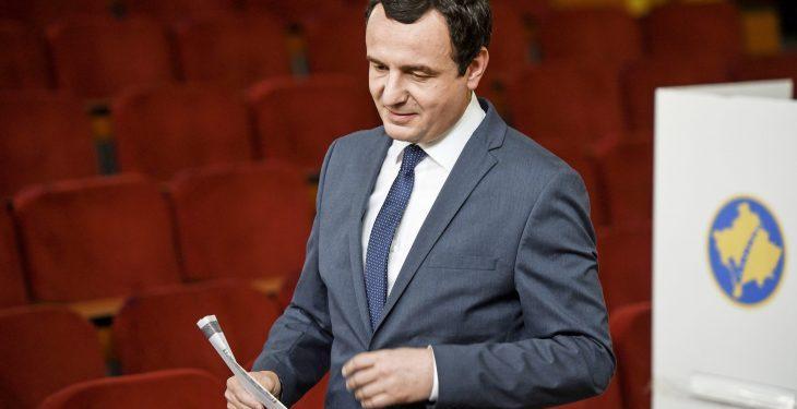 I PËRGJIGJET SHBA/ Albin Kurti: Nuk i shmangim bisedimet me Serbinë, por së pari drejtësi dhe punësim