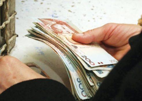 PANDEMIA E KORONAVIRUSIT/ Qeveria dyfishon deri në qershor pagesën e ndihmës ekonomike. Përfitojnë disa kategori shoqërore