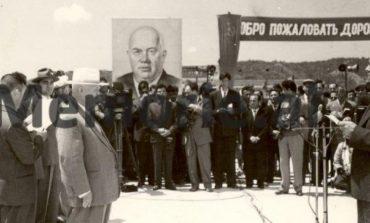 DOSSIER/ Zbulohen pjesë të tjera nga ditari sekret i Enver Hoxhës: Roja sovjetike u ktheu automatikun marinarëve tanë…