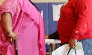 STUDIMI I FUNDIT/ Personat që janë mbipeshë janë më të rrezikuar nga COVID
