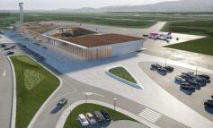 FLUTURIMI I PARË NGA AEROPORTI I KUKËSIT/ Drejtori: Përfundon pista e plotë, ofrojmë çmimet më të ulëta