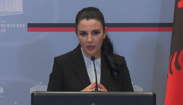 BLLOKIMI NË RINAS/ Balluku: Kontrollorët kerkojnë PAGA 4 mije dollarëshe, Policia do marri në dorë situatën