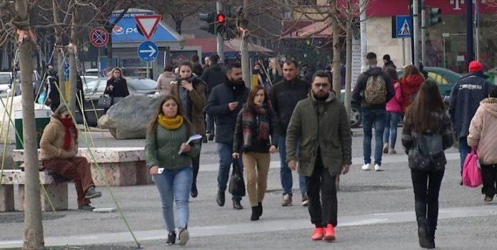 LAJM I MIRË/ BB: Ekonomia e Shqipërisë do të RRITET me 4.4% nga turizimi dhe rindërtimi