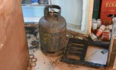 E RËNDË/ Shpërthen bombula e gazit në një banesë në Krujë, plagoset gruaja