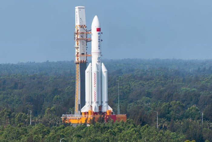 RREZIKU QË TË GODASË BANORËT…/ Ja vendet që rrezikojnë nga mbetjet e raketës kineze