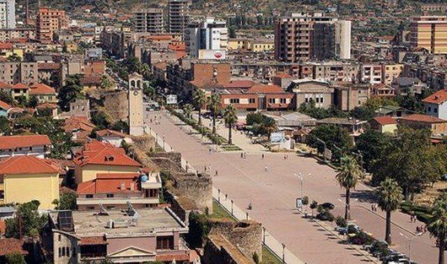 TERRORIZOHEN BANORËT/ Të shtëna me armë gjatë natës në Elbasan