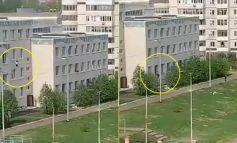 TRAGJIKE/ 9 të vdekur në një shkollë në Rusi, nxënësit hidhen nga dritaret e klasave (VIDEO)