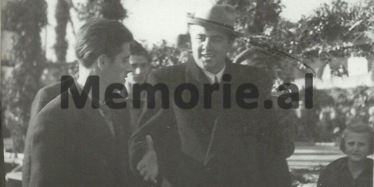 DOSSIER/ Letra e Enver Hoxhës për mashtrimin e madh në '52-in: Dy elementë armiq, të maskuar si instruktorë…