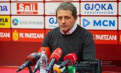 """""""KAMPIONATIT PO I VJEN FUNDI DHE EKIPET KANË OBJEKTIVAT E TYRË""""/ Trajneri Daja: Derbi? Pas Skënderbeut s'ka ndeshje tjetër…"""