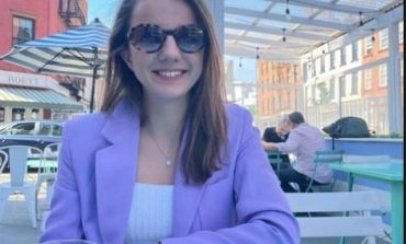HUMBJA NË 25 PRILL/ Rudina Hajdari në SHBA pas dështimit për t'u zgjedhur deputete