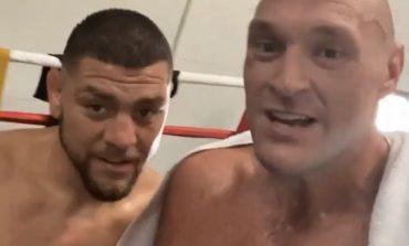 """""""PO VIJMË PËR TY SHKËR**ATË""""/ Tyson Fury stërvitet me yllin e UFC-së në prag të sfidës me Joshua"""