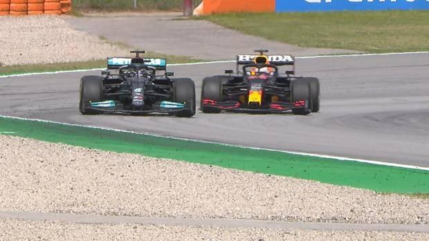 FORMULA 1/ Piloti Hamilton dhuron spektakël në Barcelonë, Verstappen dorëzohet në fund