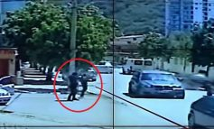DEL VIDEO E FRIKSHME/ Momenti kur EKZEKUTOHET me breshëri plumbash Bledar Birçaj në Vlorë