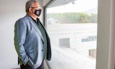 """""""PËRTEJ ËNDRRAVE TONA, JAM I SURPRIZUAR""""/ Duka inspekton punimet në stadiumin e Kukësit: Ja kur e kemi gati (FOTO)"""