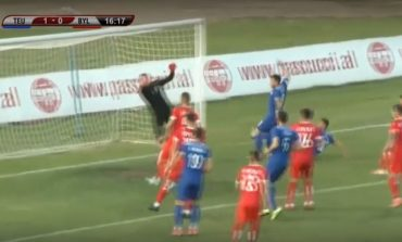 """TEUTA-BYLIS/ Pas 16 minutash lojë, mesfushori Aleksi ndëshkon me kokë """"Ballshiotët"""" (VIDEO)"""