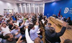 Si e shndërroi Lulzim Basha kauzën e zgjedhjeve të 25 prillit, në një farsë brenda PD!