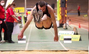 ATLETIKË/ Izmir Smajlaj konfirmon formën e shkëlqyer, rekord kombëtar në Ditën e Kërcimeve