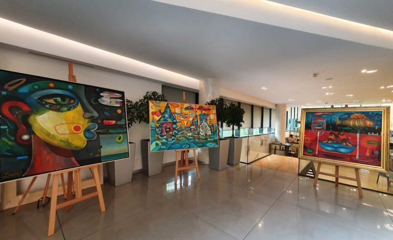 """""""CREDINS BANK"""" vazhdon të mirëpresë artistë dhe artin e tyre në degën e saj qëndrore"""
