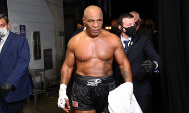 EDHE PSE 54 VJEÇ, NUK NDALET SË STËRVITURI/ Legjenda Tyson rikthehet në ring: Konfirmohet dueli