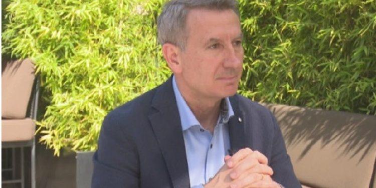"""GARA NË PD/ Kadilli për """"VOA"""": Partia të mos jetë më ajo që trashëgojmë nga Berisha apo Basha"""