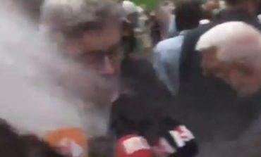 PAMJET/ Pas Macron, e pëson një tjetër politikan francez, qytetari i hedh miell fytyrës