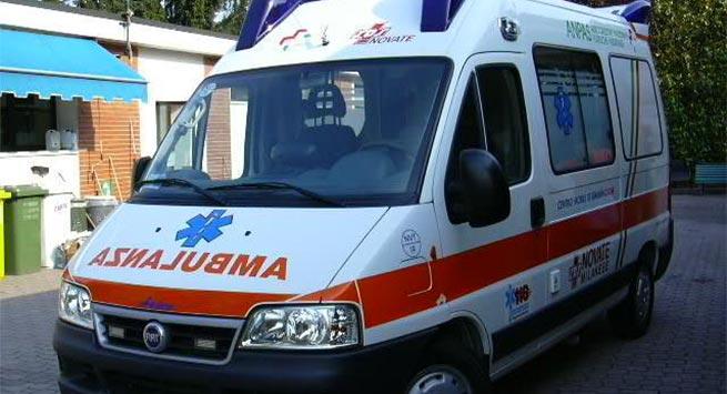 E RËNDË/ Po shkarkonte produktet ushqimore në Tiranë, furgoni përplas për vdekje të moshuarin...