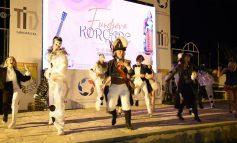 """SPEKTAKËL PËR QYTETARËT/ Trupa e teatrit të Korçës """"transferohet"""" në Pazarin e Gjirokastrës (VIDEO)"""
