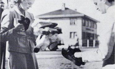 DOSSIER/ Fotografia e rrallë e Mbretëreshës Geraldinë më 1939, momenti kur ndalet buzë rrugës...