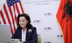 TAKIM ONLINE/ Ambasadorja Kim me udhëheqës të komunitetit të diasporës shqiptaro-amerikane: I nxis të...