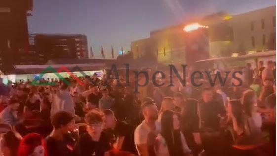 """""""EURO 2020″/ Përballja Francë-Gjermani, ja atmosfera në """"Tirana Fan Zone"""""""