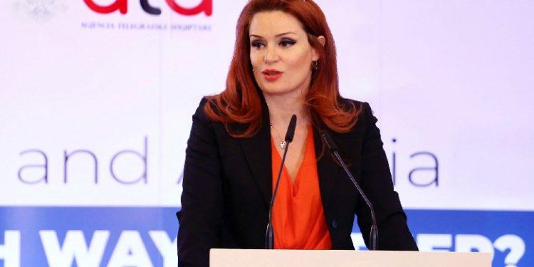 83 VOTA PRO/ Parlamenti zgjedh Armela Krasniqin si kryetaren e re të AMA-s