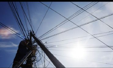 RIKONSTRUKSIONI I KABINAVE/ Nesër në këto zona në Tiranë do të ndërpritet energjia elektrike