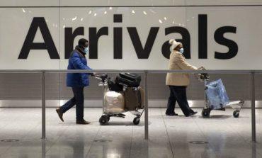 KORONAVIRUSI/ Britania e Madhe heq karantinën për turistët e vaksinuar nga BE dhe SHBA