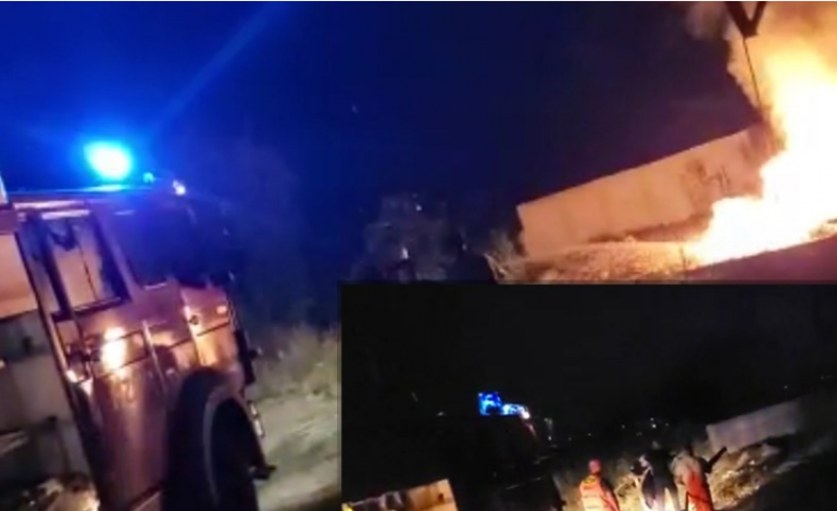 PAMJET/ Shpërthen në flakë gjatë natës pusi i naftës në Patos