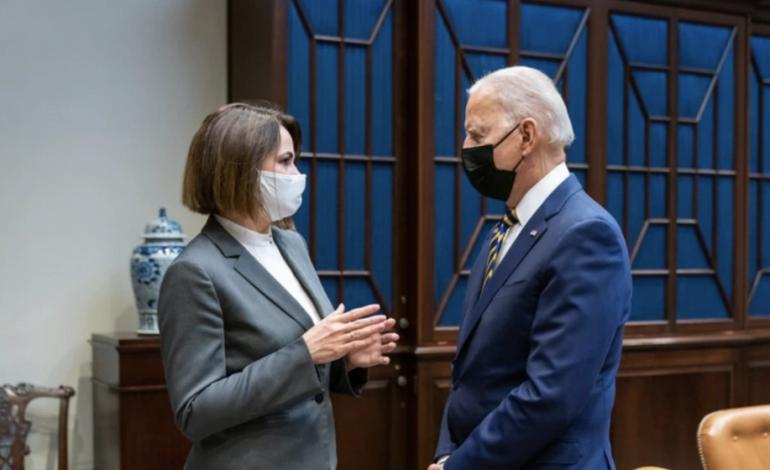 TRAZIRAT POLITIKE/ Drejtuesja e opozitës bjelloruse takohet me Presidentin Biden