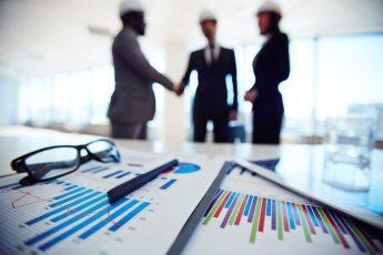 LAJMI POZITIV/ Fitch Solutions përmirëson parashikimin për rritjen ekonomike të Shqipërisë, e çon në 5.7%