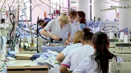 FASONËT, RIMËKËMBJE TË…/ Rriten eksportet e këpucëve dhe tekstileve