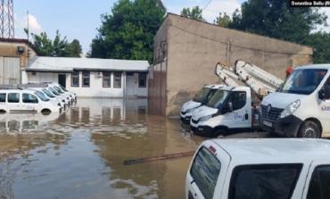 EDHE NË KOSOVË/ Reshjet e dendura shkaktojnë dëme në qytete