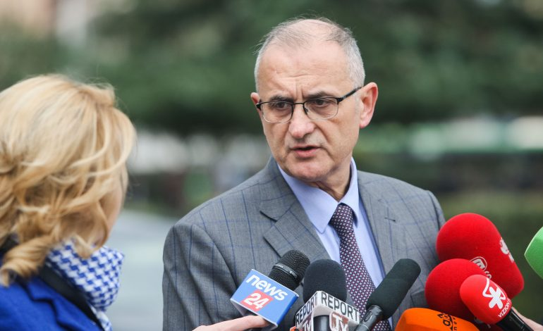 LSI MORI VETËM 4 MANDATE/ Tre muaj më vonë, Petrit Vasili do…ZGJEDHJE TË REJA: Ato na shpëtojnë