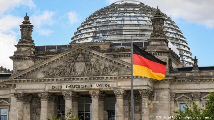 KAOSI NË AFGANISTAN/ BE: Berlini duhet të ndihmojë në vendosjen e sundimit të ligjit