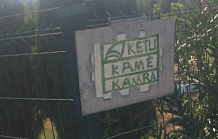 Tabela që tmerron hajdutët në Durrës…