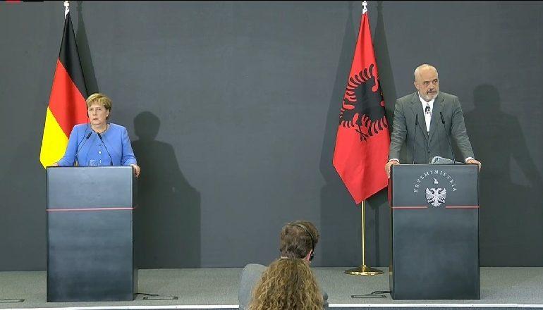 KONFERENCA/ Merkel: Procesi i Berlinit nuk ka dështuar! Rama: Vendosi gurë për gjeneratat e ardhshme. Uli për herë të parë…