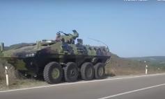 PAMJET/ Tensioni me Kosovën për reciprocitetin e targave, Serbia vendos 4 tanke dhe helikopterë në kufi