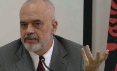 NDËRPRET FJALËN NGA TESHTIMA NË SALLË/ Rama: Ambasador, tështi ndonjëherë kur them fjalë të mira për qeverinë time