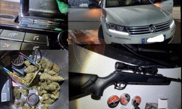 KOKAINË, PUSHKË E FISHEKË/ Çfarë ndodhi në Durrës? Policia aksion, arreston 4 persona
