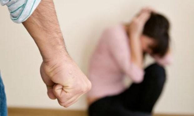 TJETËR RAST DHUNE NË FAMILJE/ Policia arreston 43-vjeçarin që rrihte gruan në Lezhë