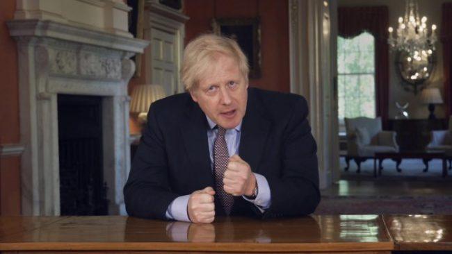 """""""DIMRI PO VJEN""""/ Johnson shpalos planin për muajt e ardhshëm: Maska të detyrueshme dhe punë…"""