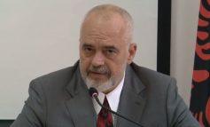 LIVE/ Kryeministri Rama me studentët në Prishtinë: Pa politikën nuk do kishte as Kosovë sovrane sot