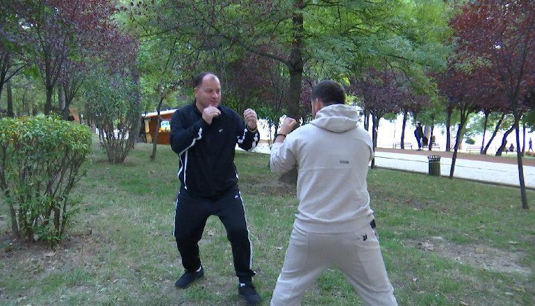 """INTERVISTA/ Lefter Maliqi """"boks"""" me gazetarin: Tentuan të më vrasin 3 herë! Rrëfimet nga..."""
