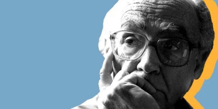 FJALIMI I JASHTËZAKONSHËM/ Nobelistit: Gjyshërit e mi analfabetë, njerëzit më të mençur në botë